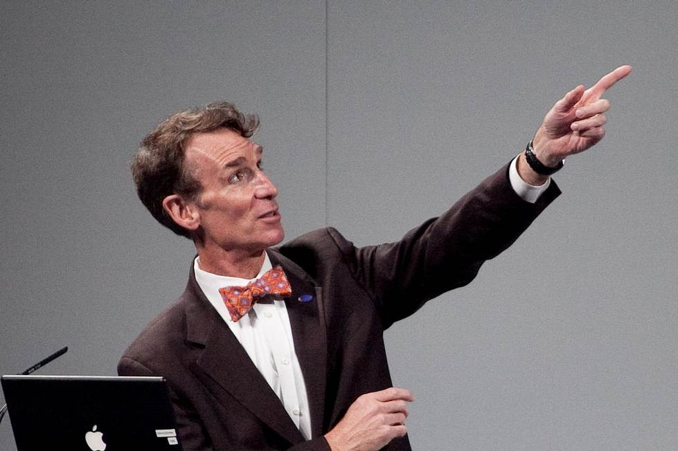 Bill Nye Pointing